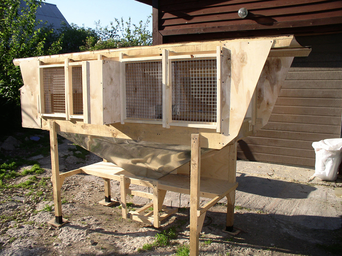 Шедовая система по содержанию и выращиванию кролей