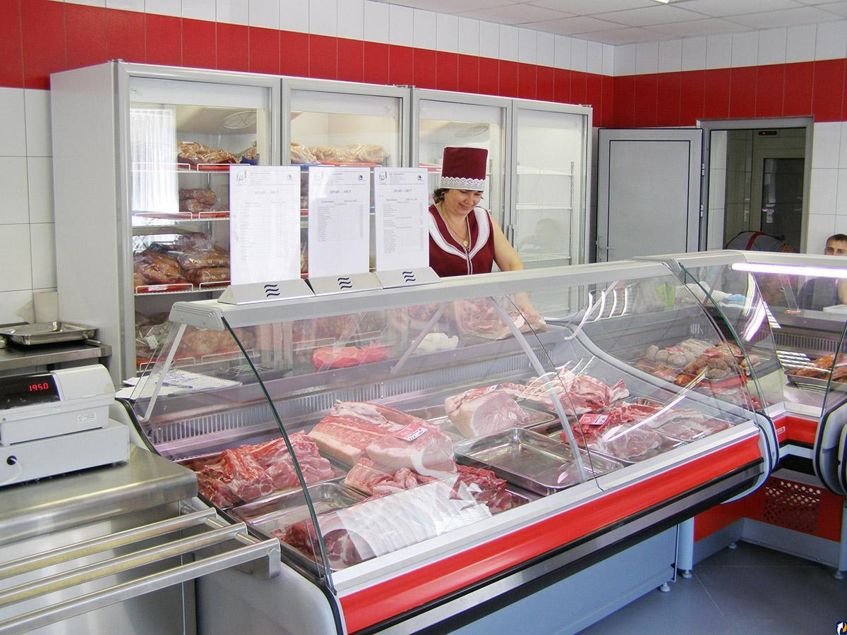 Персонал мясного магазина