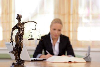 Как открыть фирму по оказанию юридических услуг