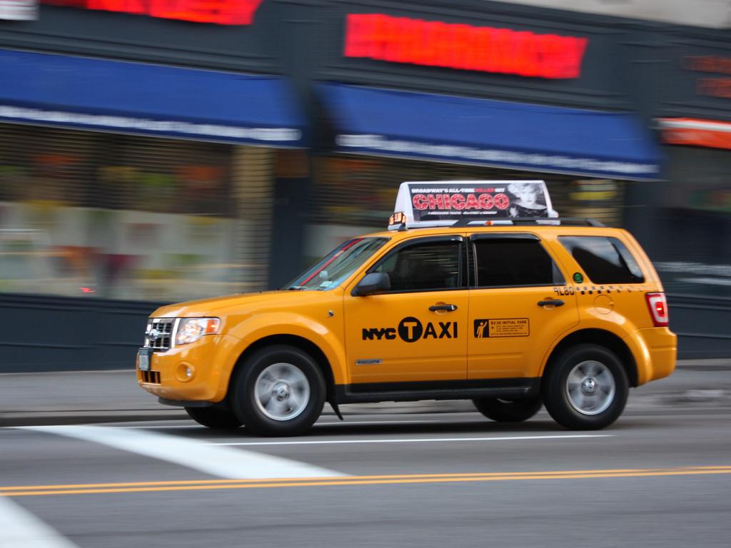 Как открыть такси: организация работы и рентабельность