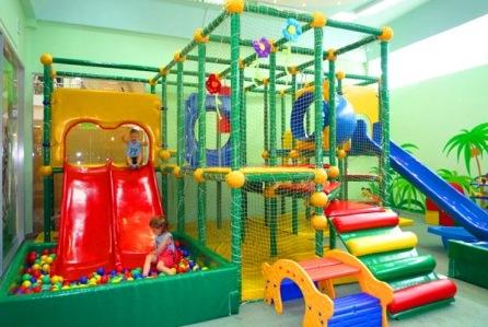 Лабиринт в детской комнате